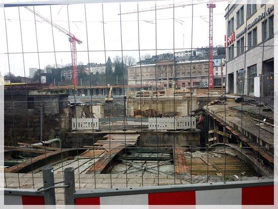 Wuppertal Baustelle Doeppersberg mit Hauptbahnhof 11.01.2016