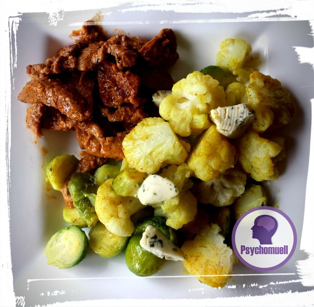 Mittagessen: Blumenkohl mit Rosenkohl und Gyros